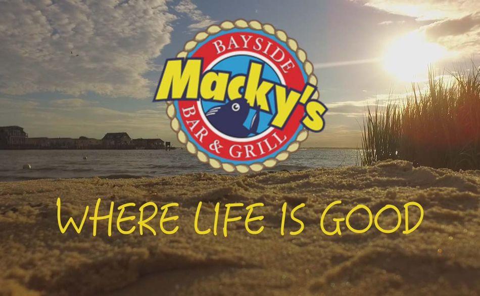 Macky's