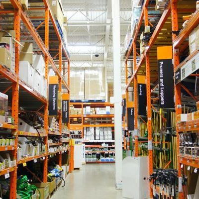 Lot Associate (Anchorage, AK)